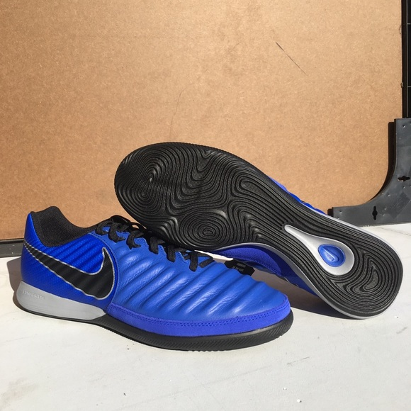 size 40 5971f cbcd0 MENS NIKE TIEMPO LEGEND 7 PRO IC INDOOR SOCCER NWT
